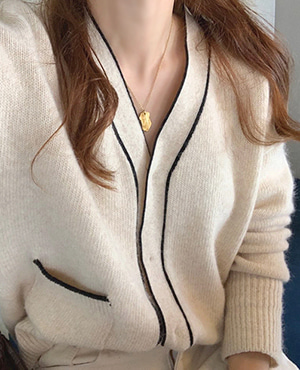 soft wool cardigan 재진행